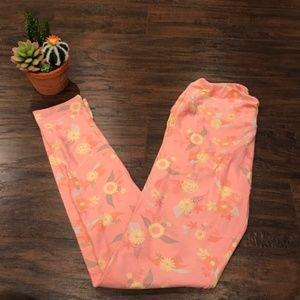 4/$25 Lularoe | pastel pink w floral print legging